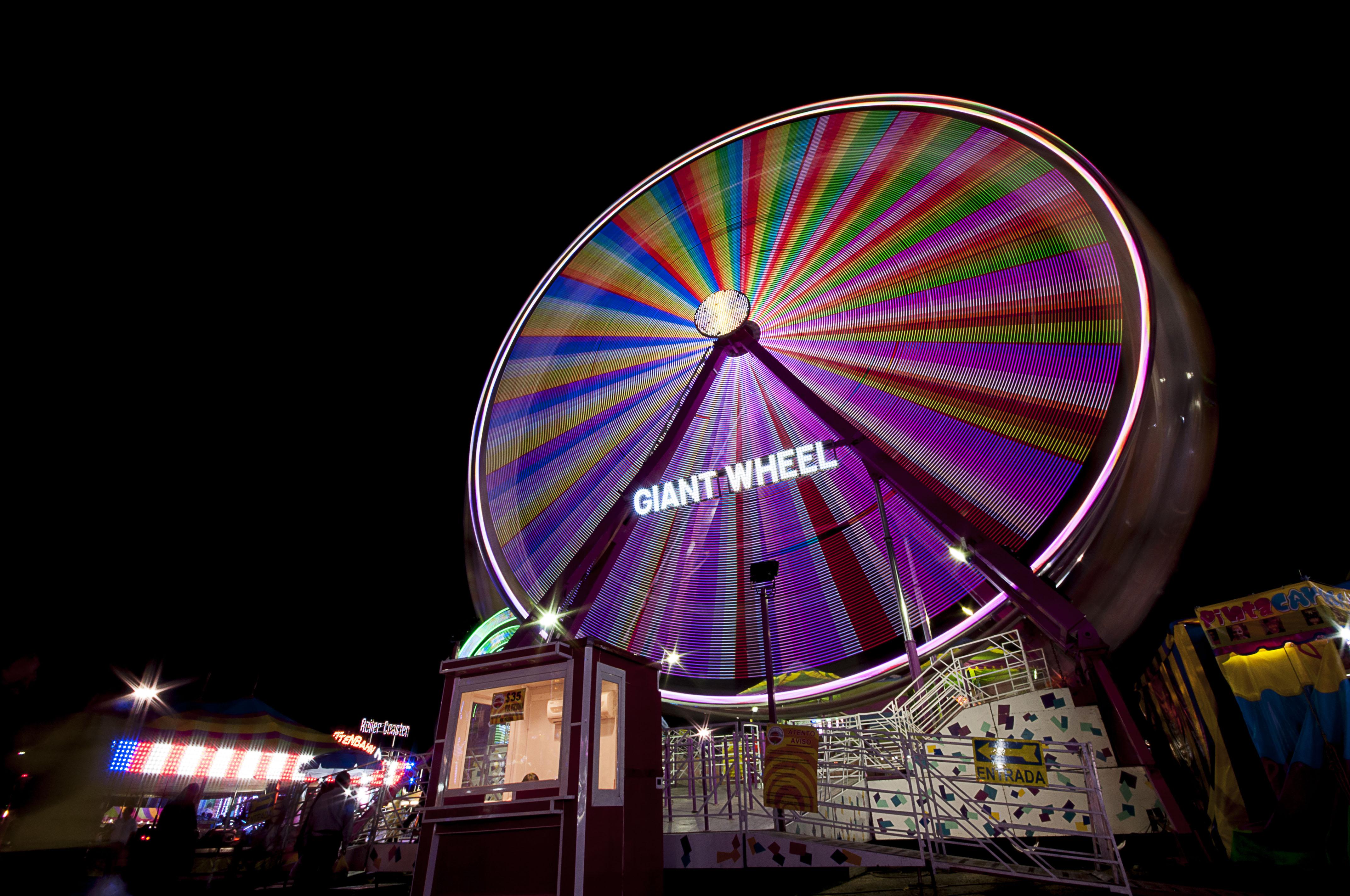 Imagen de la rueda de la fortuna de la FENADU 2015, publicación del sitio web durango.com.mx